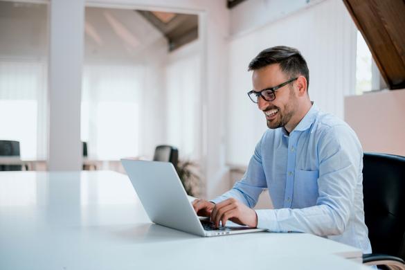 dating an aries man online